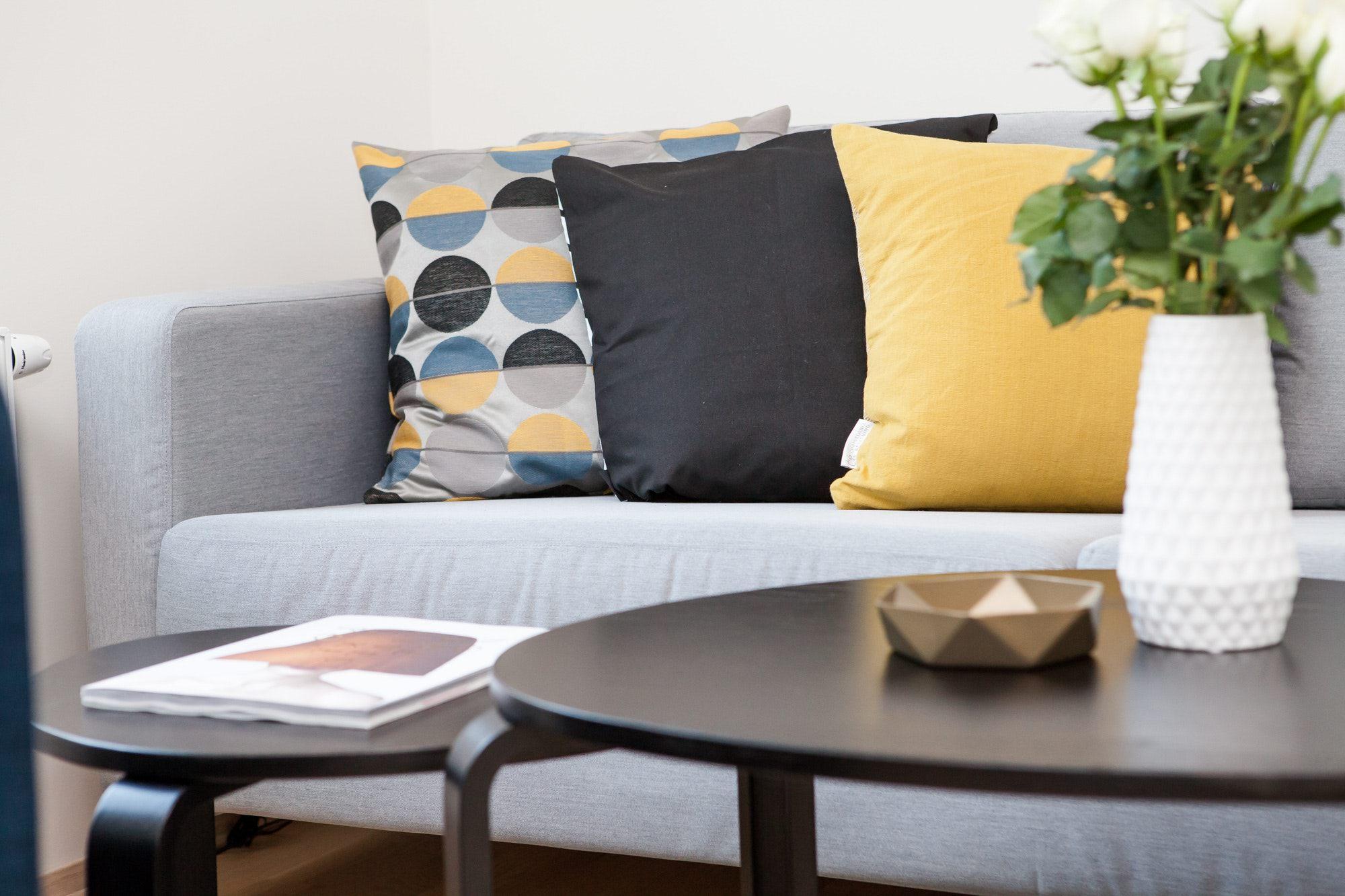 Come ristrutturare il soggiorno di casa in stile british e moderno